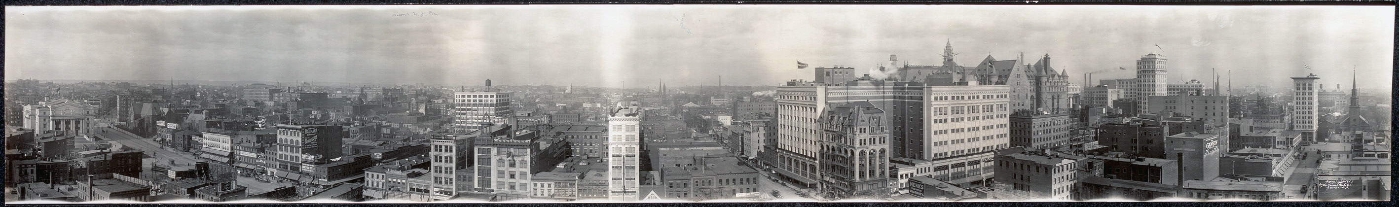 Black and white photo of a panoramic view of the city of Newark, New Jersey in 1912.