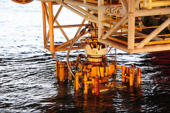 Deepwater Horizon BOP extraction by Deepwater Horizon Response