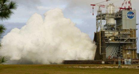 Final J2X engine test for 2011