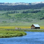Photograph of a ranch in the Green River valley in the Rocky Mountains of western Wyoming.