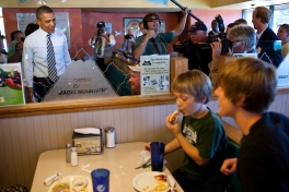 President Barack Obama talks with patrons during a stop for lunch at Ross' Restaurant in Bettendorf, Iowa, June 28, 2011. (Official White House Photo by Pete Souza)