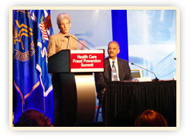 HHS Secretary Kathleen Sebelius and Attorney General Eric Holder speak at the Regional Fraud Prevention Summit in Chicago. Credit: Photo by Michael Wilker – HHS Studio Director.