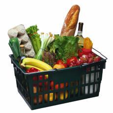 Fotografía de compras del mercado en una canasta