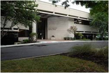 El Pabellón del Centro Oncológico Richard y Annette Bloch en el Centro de Investigación Clínica de la Universidad de Kansas