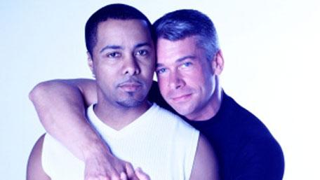 Dos hombres homosexuales