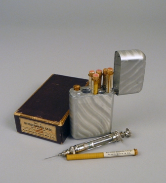 Physician's hypodermic needle kit with morphine, Parke, Davis & Co., 1908-1918
