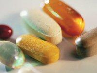 Assorted multivitamin/mineral tablets.