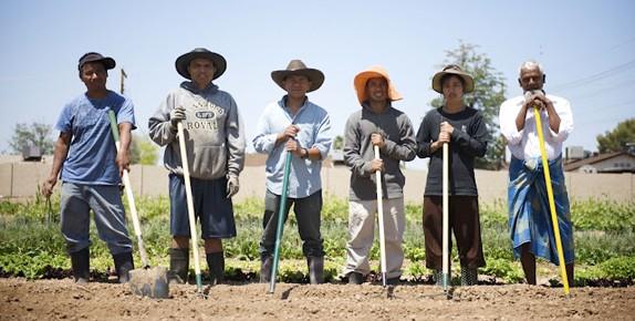 Photo of Burmese farmers