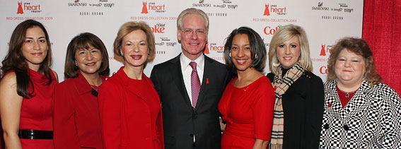 Dr. Nabel with FNIH Grantees and Tim Gunn at the Red Dress Collection 2009 Fashion Show