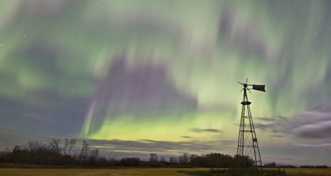 Aurora over Saskatoon, Saskatchewan, Canada in the early hours of Oct. 8, 2012.