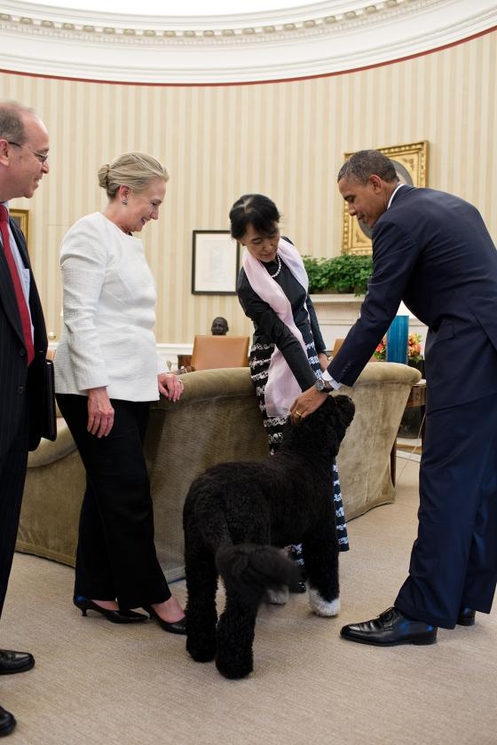 President Barack Obama and Burmese Opposition Leader Aung San Suu Kyi pet Bo