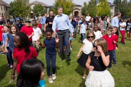 Secretary Duncan Dances with Students