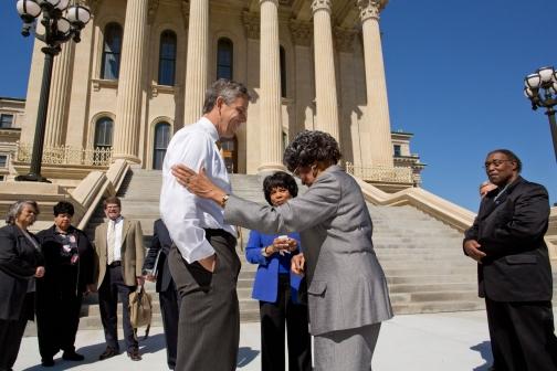 Secretary Duncan Talks with Leola Brown