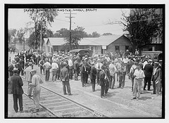 Crowd around Remington works, Brdgpt [i.e., Bridgeport]  (LOC)