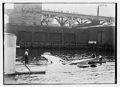 Wrecked Morse aero-boat  (LOC)
