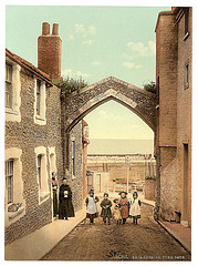 [York Gate, Broadstairs, England]  (LOC)