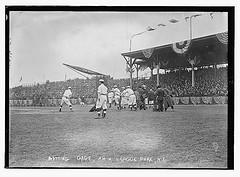 [Highlander batting practice at Hilltop Park, NY (AL) (baseball)] (LOC)
