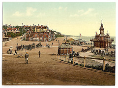 [Entrance to the harbor, Bournemouth, England]  (LOC)