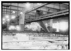 Mechanical carrier for mail, Grand Central  (LOC)