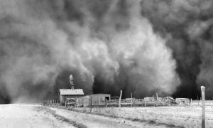 photograph: Black Sunday dust storm approaching Ulysses, Kansas, April 14, 1935