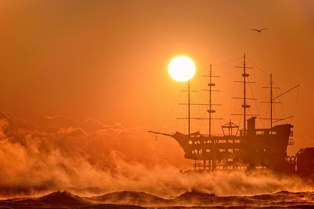 The sunrise over the East Sea - EXPLORE