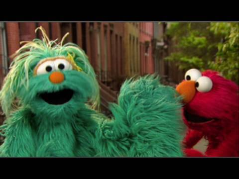 Elmo & Rosita: The Right Way to Sneeze!