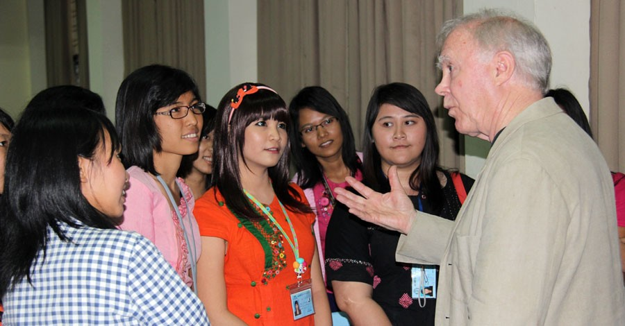 Former U.S. Poet Laureate Robert Hass speaks with university students in Rangoon, Burma, January 2013. [State Department photo/ Public Domain]