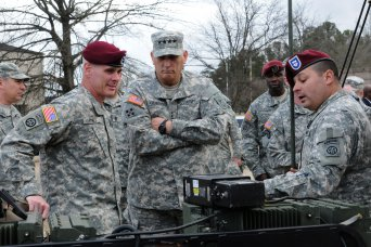 Odierno visits 82nd Airborne Division paratroopers