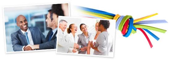 Esta imagen es una colección de tres imágenes. La primera imagen muestra un grupo de empresarios dándose la mano. La foto del medio muestra un grupo de amigos riéndose. La tercera imagen muestra un grupo de ligas amarradas de varios colores.