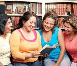 4-women-reading