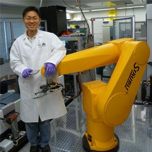 Sung-Wook Jang and robot
