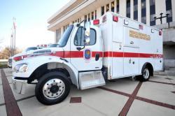 Un camión de servicios médicos de emergencia del condado de Prince George