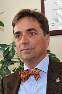 Dr. Bernhard Sabel