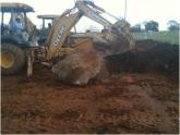 Delta Com crew digging