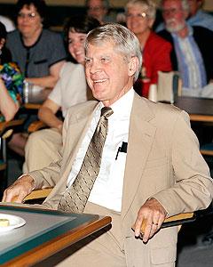 Former NIEHS pharmacologist Larry Hart